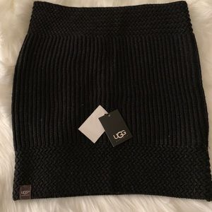 c650503f9d6b4 UGG Accessories - Black Ugg Infinity Scarf NWT
